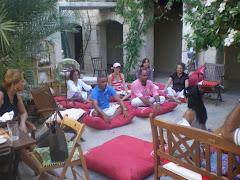Avluda Meditasyon / Meditation at the courtyard