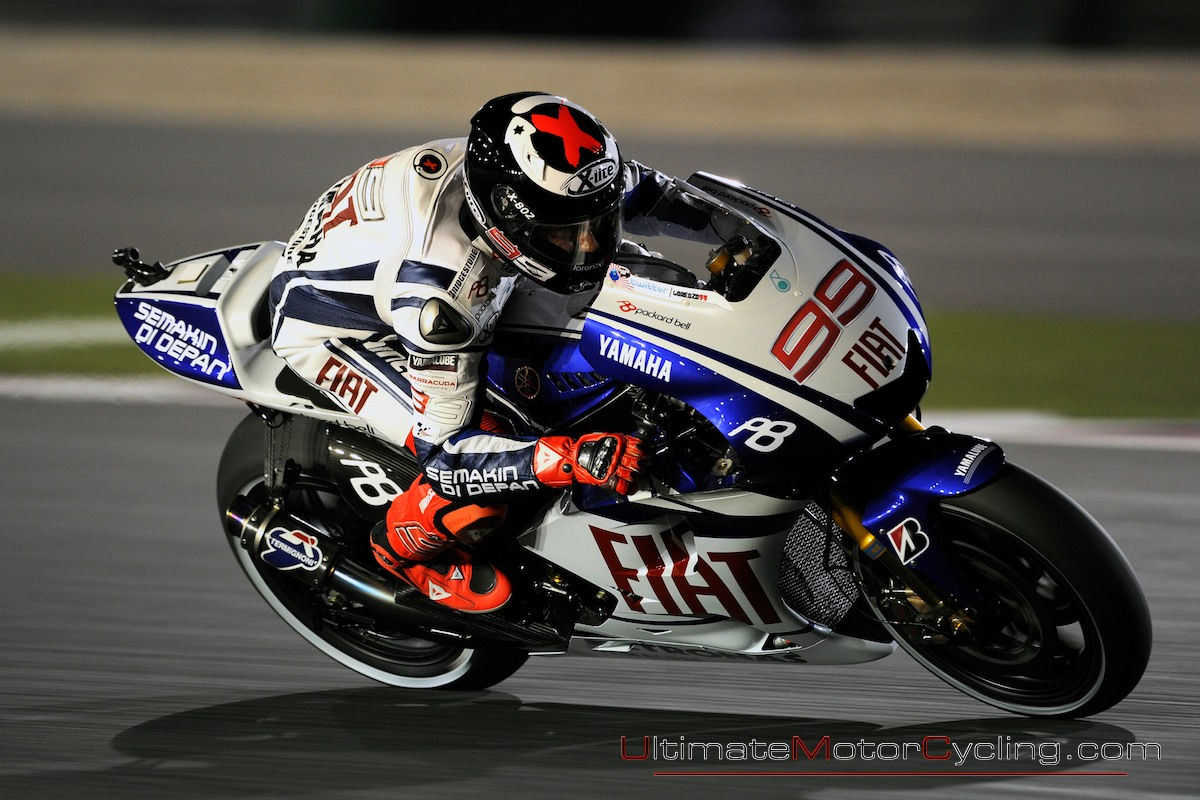 http://2.bp.blogspot.com/_y5aC5_A_tCI/TCYEvh3zJRI/AAAAAAAACGg/uKoXYJLoTRg/s1600/Jorge_Lorenzo_2010_Qatar_MotoGP_Photos_Wallpaper+1.jpg