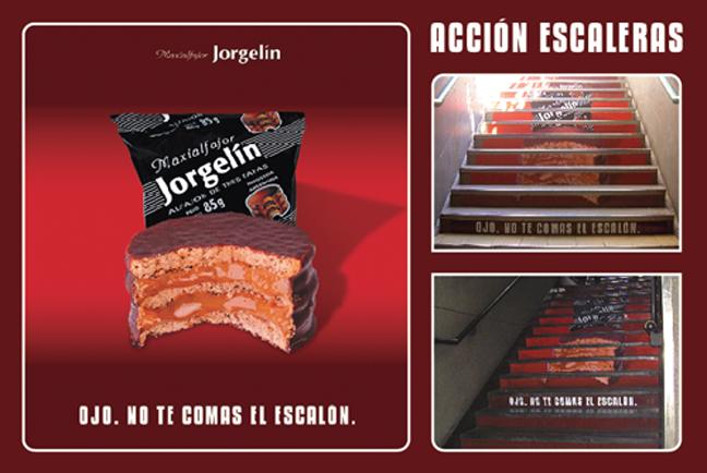 Acción en escaleras para Jorgelin