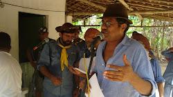 Maciel Melo discursa na homenagem aos velhos companheiros do Bacamarte