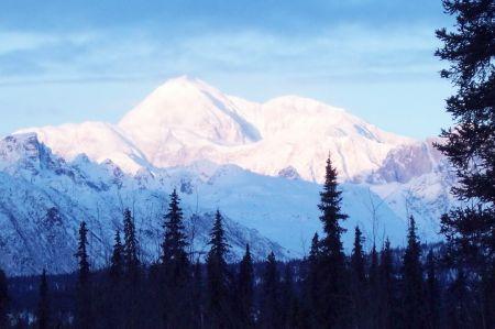 http://2.bp.blogspot.com/_y7Idrf4YaSE/TPRznbCU5NI/AAAAAAAAAC4/reaVU-8_koo/s1600/a-mountain-mckinley-of-camera-costs.jpg
