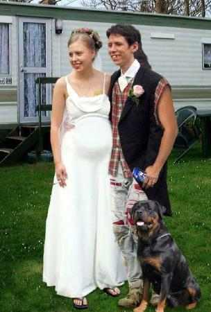 [Image: hillbilly+wedding.jpg]