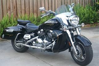 Yamaha Star Motorcycles: Yamaha Royal Star Midnight Tour Deluxe