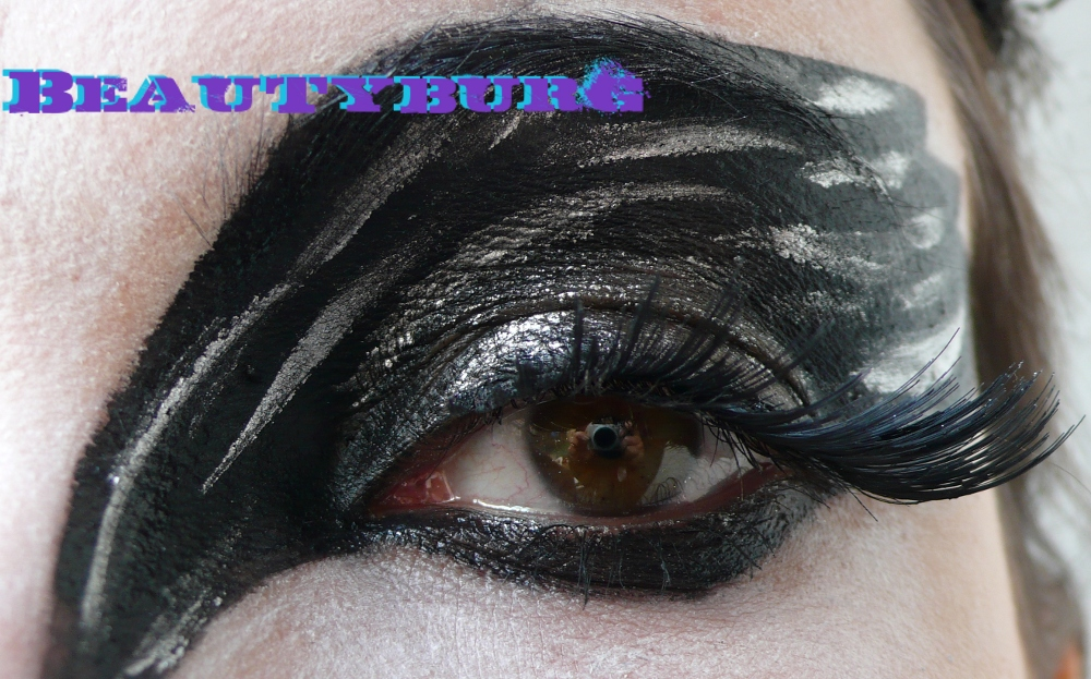 The Black Swan Eye. The colors here were entirely from MUFE's 12 Flash Color