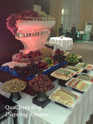 Indonesian Wedding Dinner, dessert, fruits