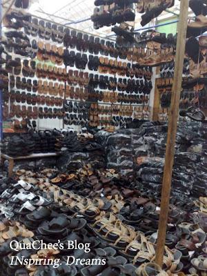 raya, singapore, geylang serai, slippers