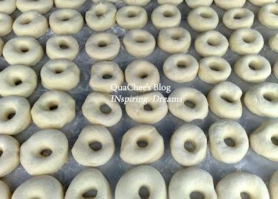kampung food, donut