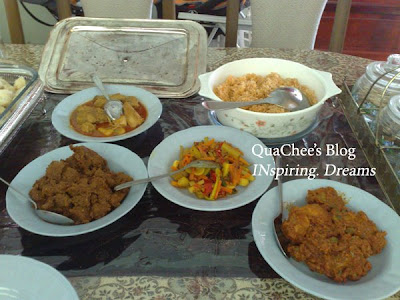raya food, rendang