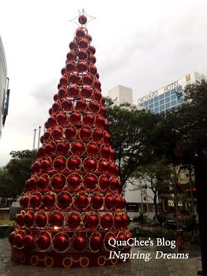singapore christmas, christmas tree