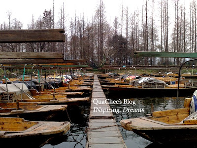 hangzhou westlake boat