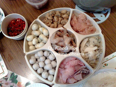 chinese new year malaysia, steamboat ingredients