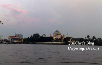 kuching river cruise state mosque