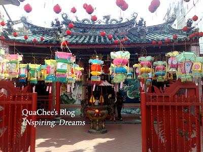 kuching chinatown, hiang thian siang ti temple
