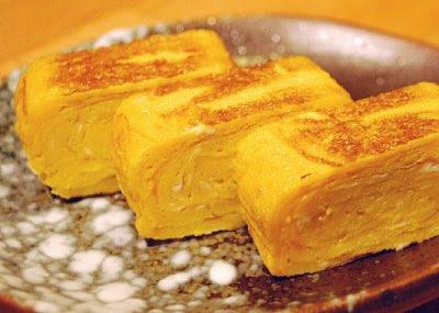http://2.bp.blogspot.com/_yANyftPwS5o/SYSPghHxq3I/AAAAAAAAAFI/QOmXjXh7BAI/s400/tamagoyaki.jpg