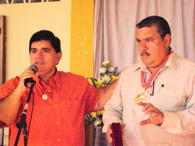 Diputado Miguel Patiño Entrega Medalla