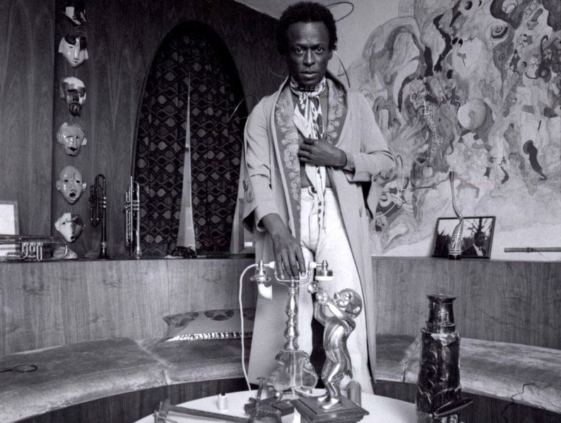 Miles en images Miles+Davis+1971+-+Anthony+Barboza