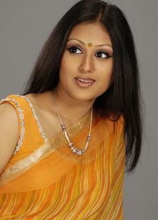 Bangladeshi model Kusum Sikdar hot and sexy photos