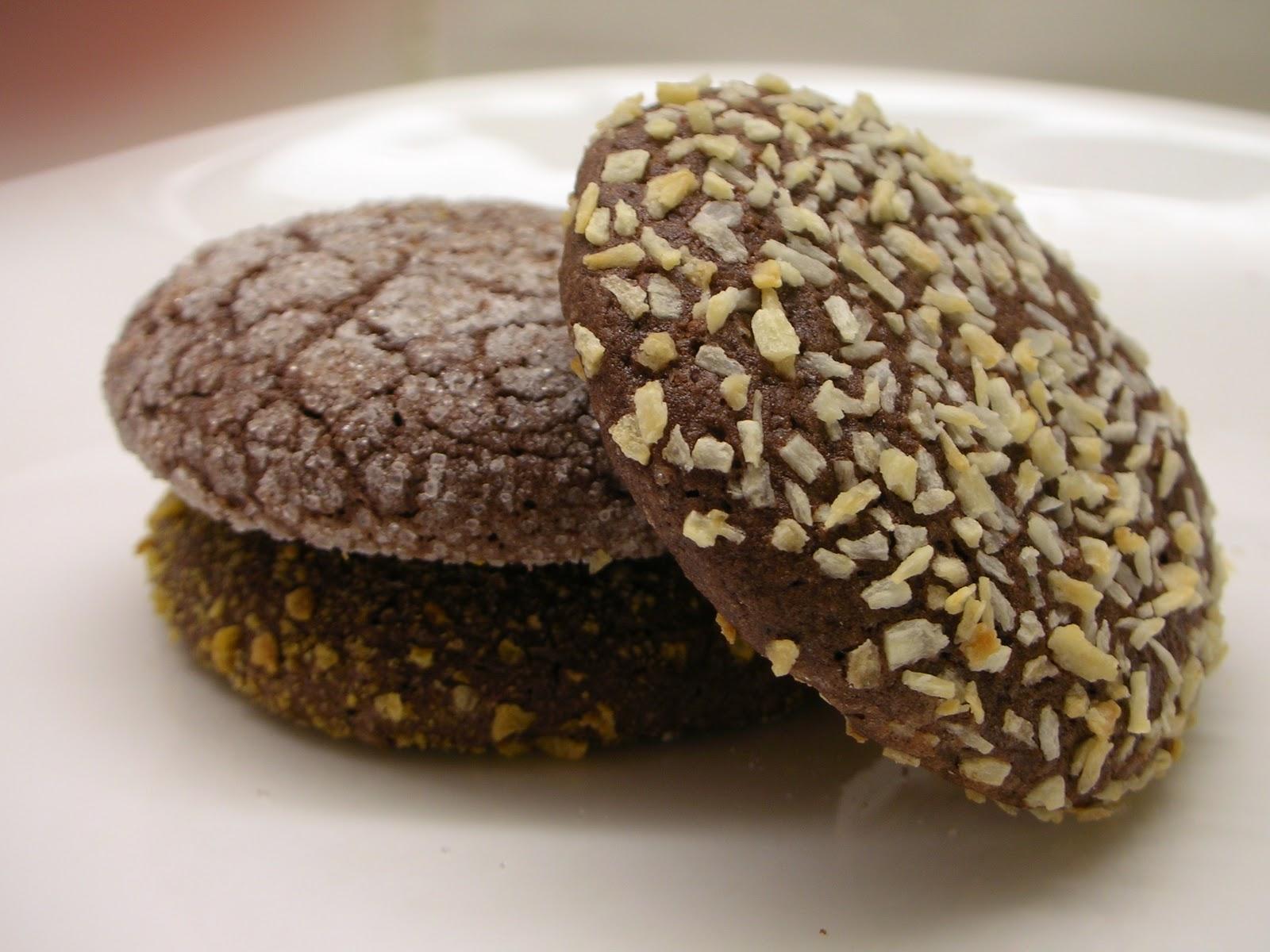 Easily Good Eats: Chocolate Crinkle Cookies Recipe