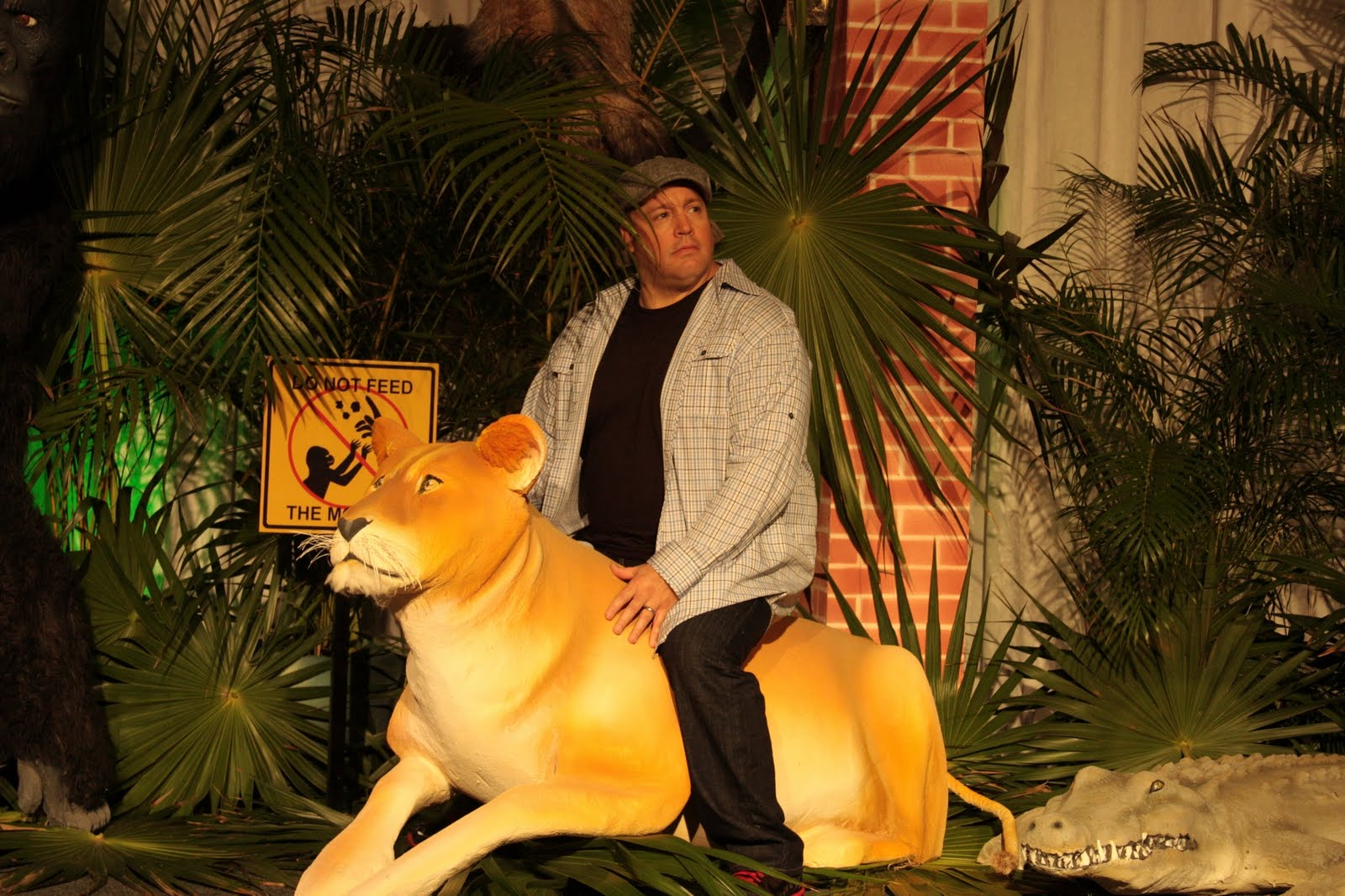 http://2.bp.blogspot.com/_yCouIIqTidg/TLEYBpqwmII/AAAAAAAAABU/a51CMTGXJ24/s1600/Zookeeper.jpg