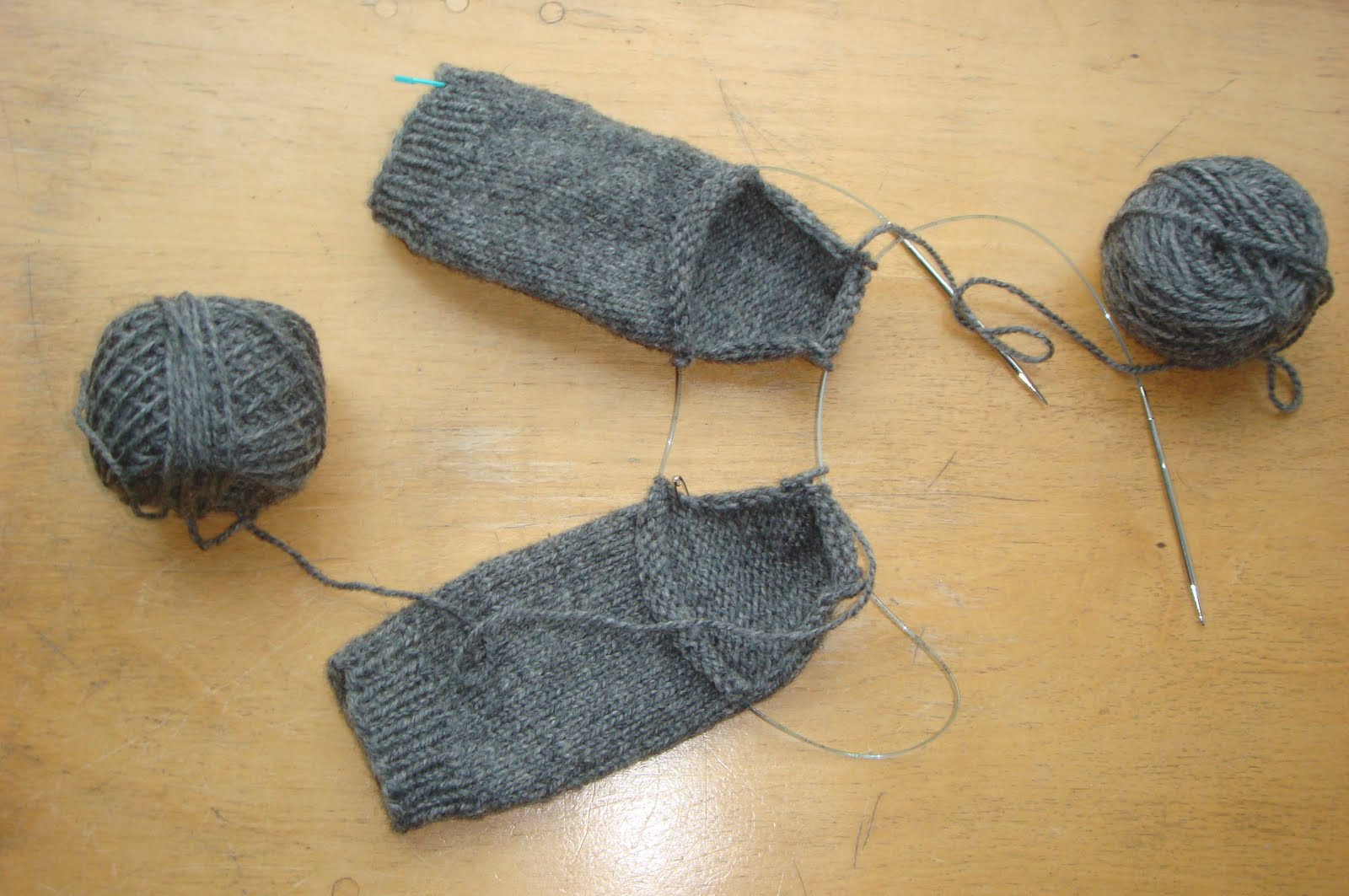 Knitting Techniques Continental : Kate atherley knits a lot mainly socks january
