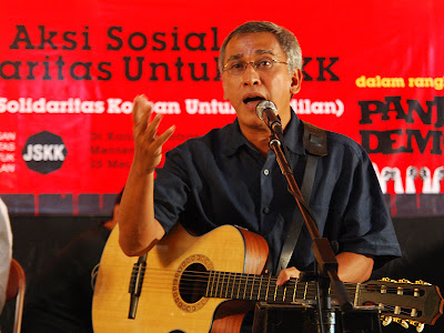 free download mp3 iwan fals free mp3 and video