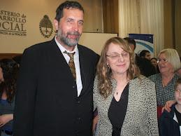EN MINISTERIO DE DESARROLLO SOCIAL