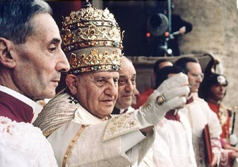 Los Papas y La Santa y Divina Liturgia en Rito Bizantino