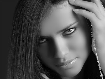 Adriana Lima hot wallpapers & stories