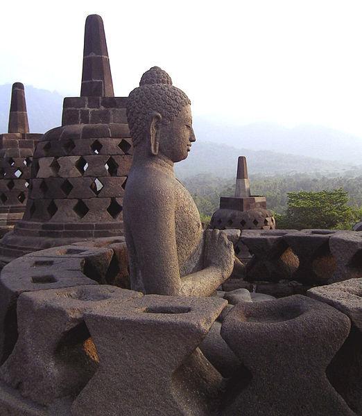 tempat wisata yang patut dikunjungi selain sebagai sejarah indonesia ...