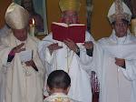 Los tres Obispos Consagrantes.