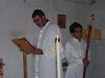Rev. Diácono José Concepción proclamando el Santo Evangelio y un amigo de los  Veteros, Roman