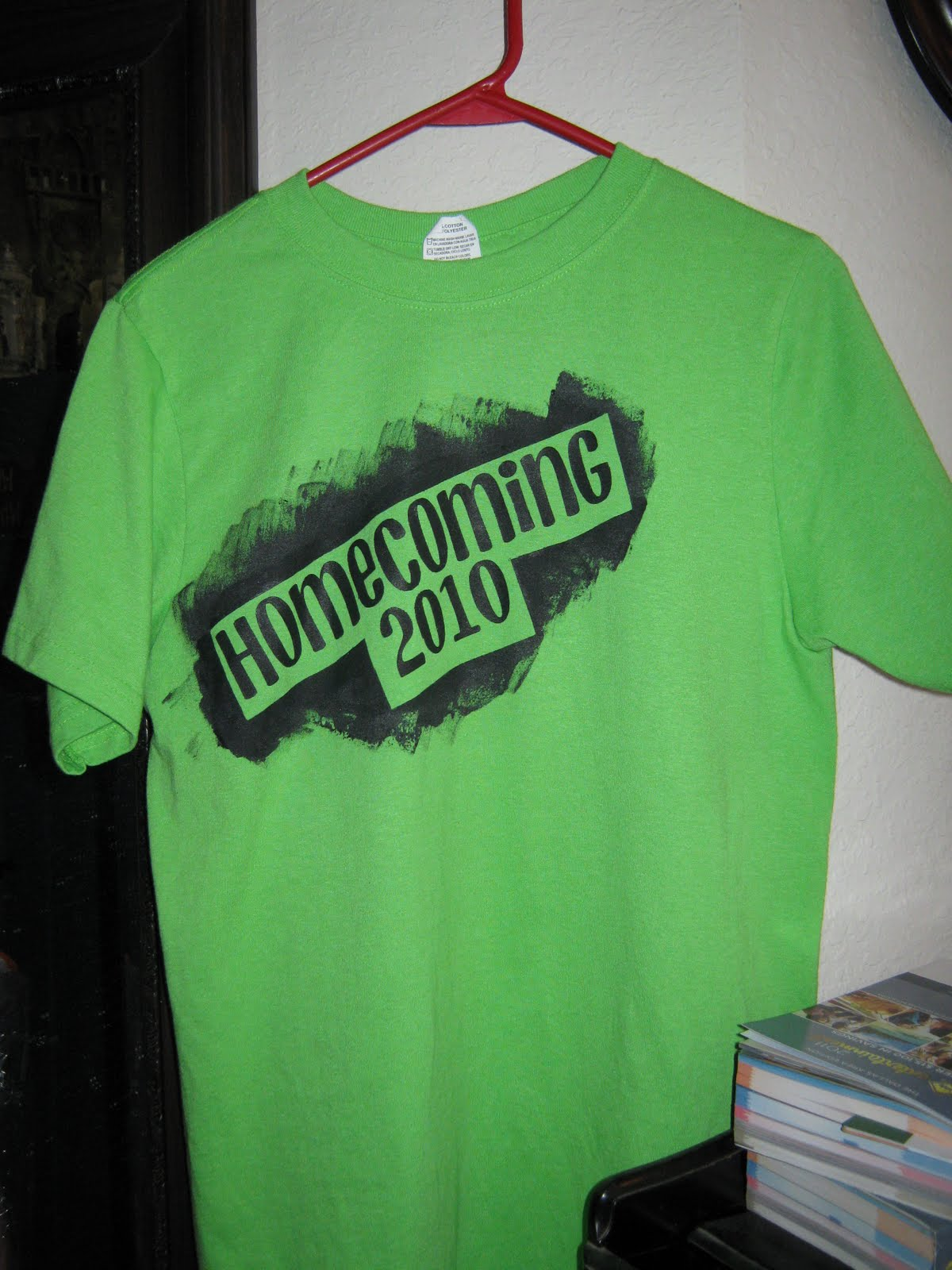Decorating My Padded Walls Homecoming T Shirts And Mum
