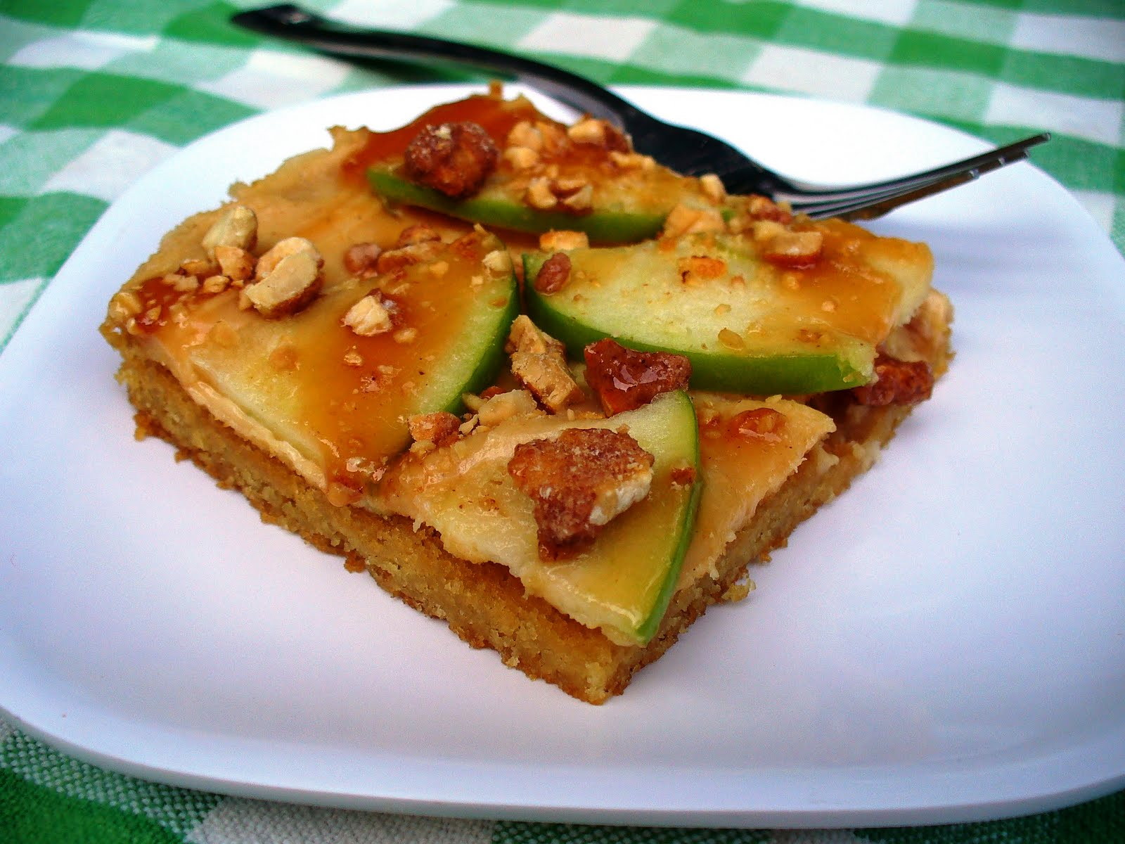 Leenee's Sweetest Delights: Peanut Butter Caramel Apple Cookie Bars