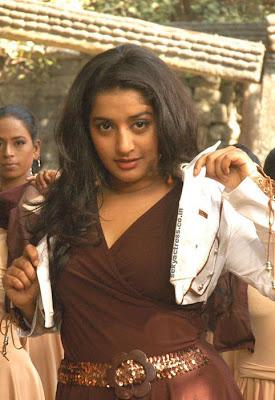 Sexy Meera Jasmine