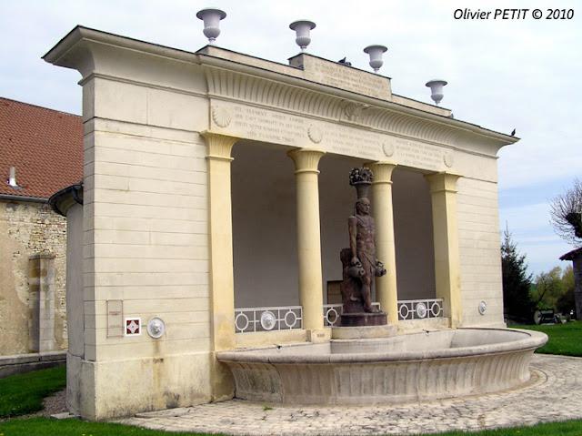 MAUVAGES (55) - Fontaine-Lavoir du Déo
