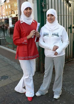 Beautiful Hijab girls Pictures