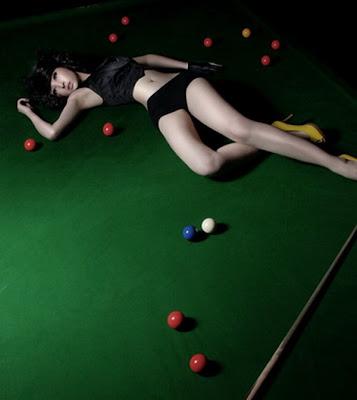 http://2.bp.blogspot.com/_yOHoM2CSXMQ/SeZXGUVQUvI/AAAAAAAAPcc/OUABbs3vFvM/s400/billiard19.jpg