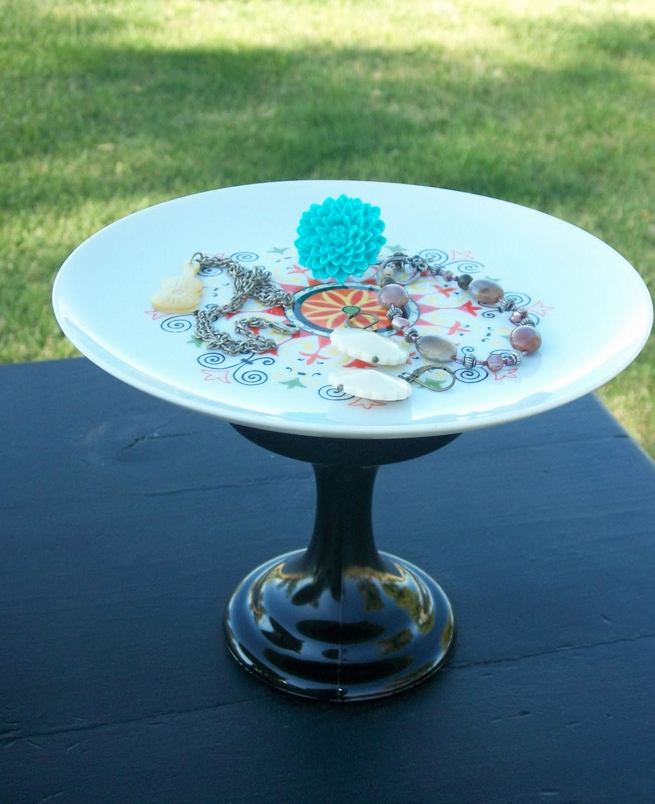 dandelion pickers unique cake stands 4 sale