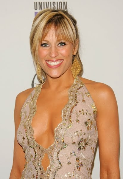 Lilian Garcia Nude - Hot Photos - Naked - Bikini