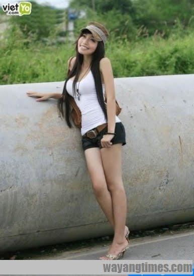 http://2.bp.blogspot.com/_yRqagUbfFv4/TEu1841F4gI/AAAAAAAACAk/Z5o4x_qKmaA/s1600/pretty-vietnamese-Elly-Tran-Ha+152.jpg