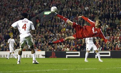 Peter Crouch vs Wayne Rooney