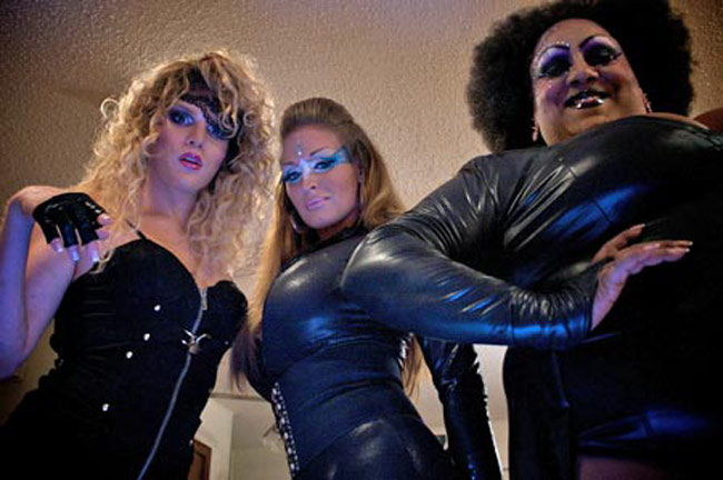 Free blonde pantyhose milf threeway movies