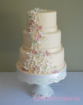 simple and elegant wedding cakes with handmade sugarpaste flowers