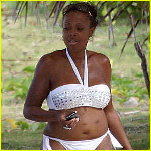 Star Jones Sexy Bikini Photos