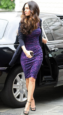 hot ,sexy Megan Fox Shows Off Her Curves In a Hot Purple Dress