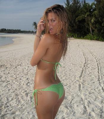 Bar Refaeli Smoking Hot Leaked Sports Illustrated Bikini Photos