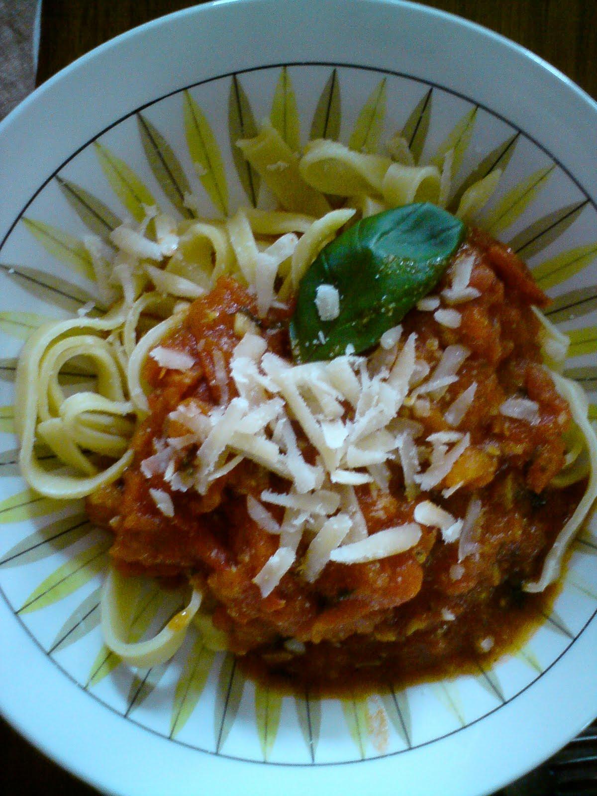 hemgjord pasta utan ägg