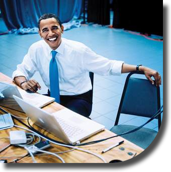 EngineAlpha - Barack Obama sitting in front of a Mac. - Pic Credit: from http://www.tuzworld.com