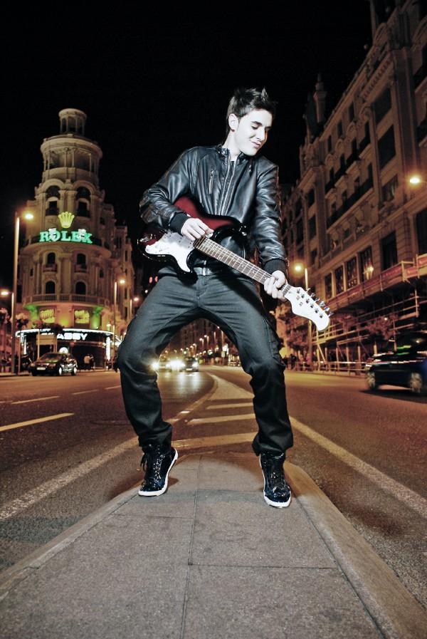 Danny Leiva (Musica en la sangre)