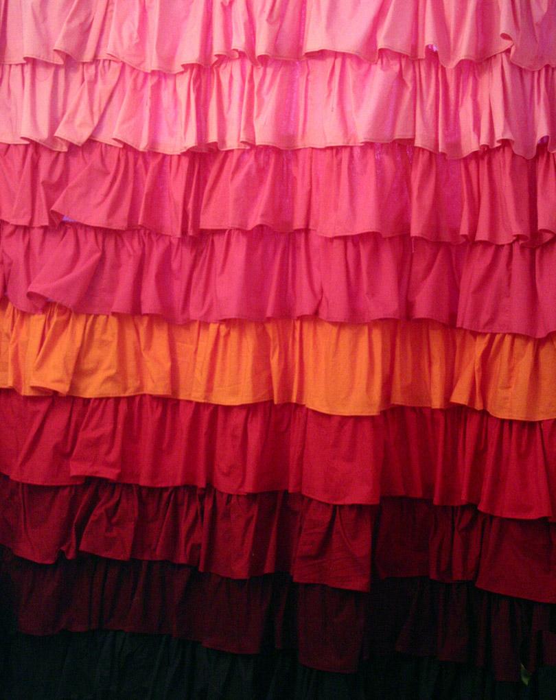 Diy ruffled shower curtain - Anthropologie Smoldering Hues Shower Curtain Tutorial Ette